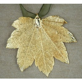 Full Moon Maple Leaf Ornament