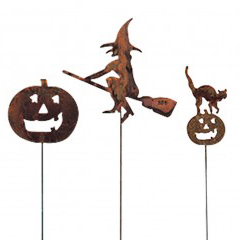 Rusted Halloween Garden Stakes | Sturbridge Yankee Workshop