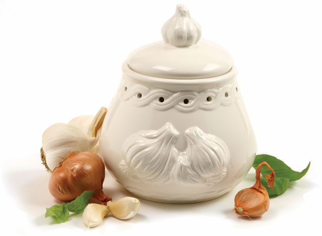 Embossed Garlic Keeper