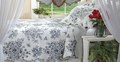 Black Country Toile Quilt Set | Winter 2018 | Sturbridge Yankee Workshop