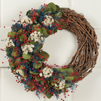 Americana Garden Wreath | Sturbridge Yankee Workshop