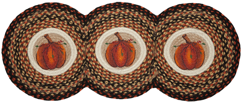 Three Pumpkins Braided Table Runner | Sturbridge Yankee Workshop