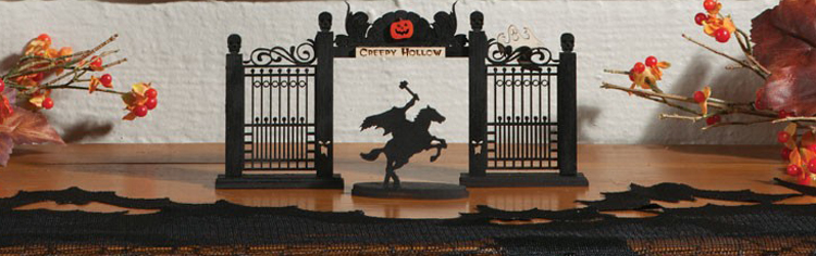 Creepy Hollow Gate Accent | Sturbridge Yankee Workshop