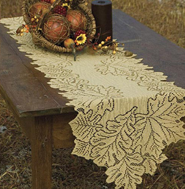 Leaf Harvest Table Runner | Sturbridge Yankee Workshop