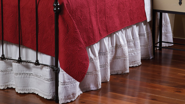Crochet & Pintuck Bed Skirt | Sturbridge Yankee Workshop