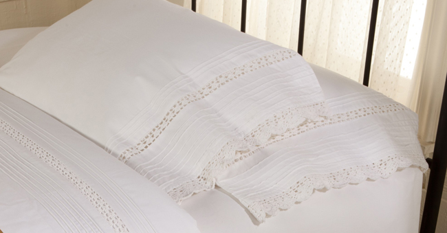 Crochet & Pintuck Pillowcase Set | Sturbridge Yankee Workshop