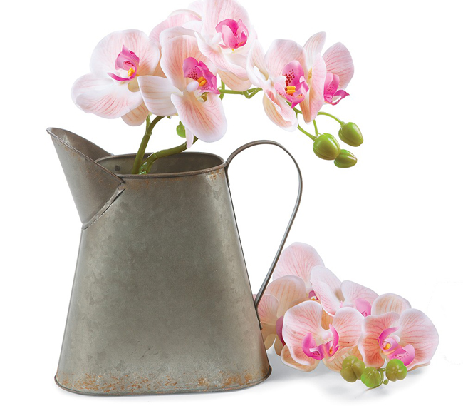 Provincial Tin Pitcher | Spring 2019 | Sturbridge Yankee Workshop