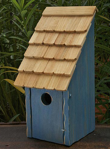 Bluebird Birdhouse | USA | Web Exclusive | Spring 2019