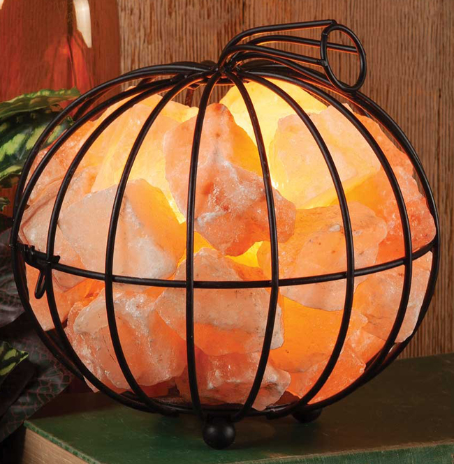 Himalayan Salt Pumpkin Accent Light | Sturbridge Yankee Workshop